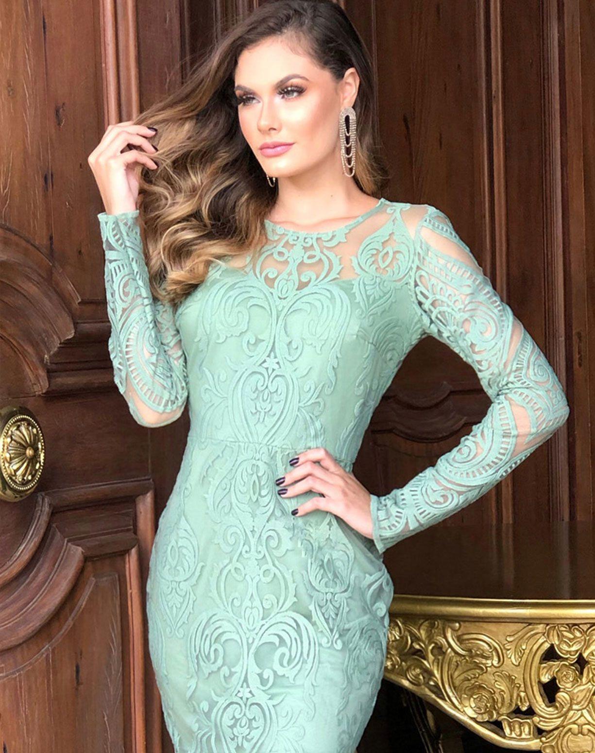 Vestido Verde em Renda