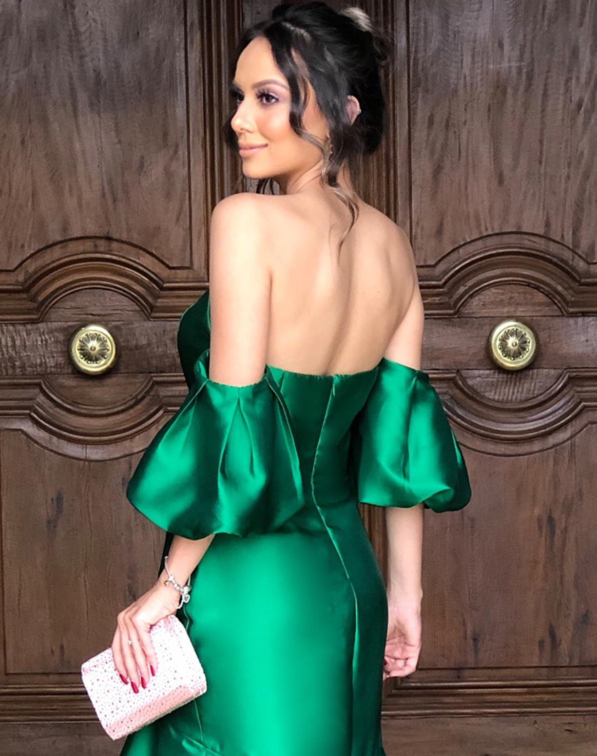 Vestido verde em zibeline com manga bufante