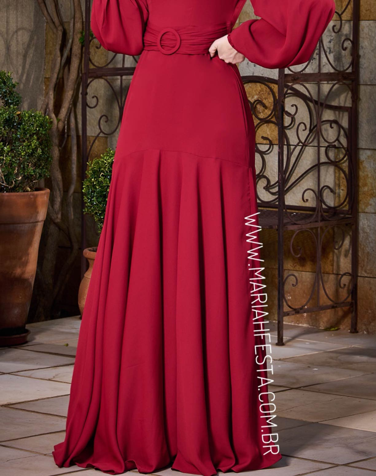 Vestido Vermelho Queimado Ombro a Ombro com Manga Longa