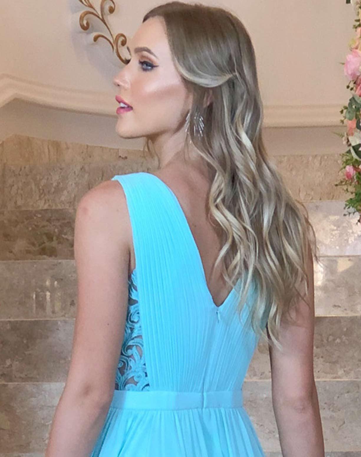 VestidoTiffany com Detalhes em Renda e Saia Voal