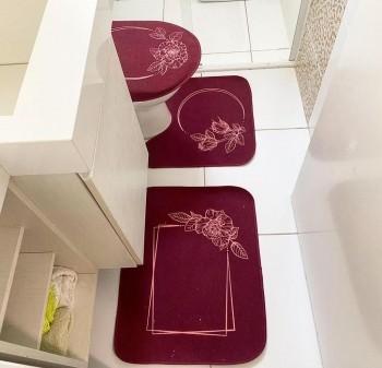 Jogo De Banheiro Bordô Flores  03 Peças - Antiderrapante
