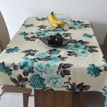 Toalha de Mesa Wendy Floral Azul/Branco/Preto