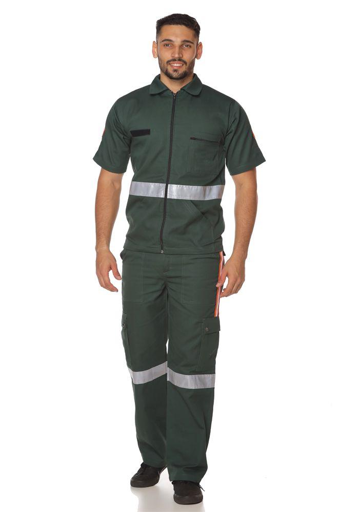 Conjunto camisa e calça de socorrista
