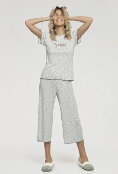Pijama Manga Curta com Calça Pantacourt