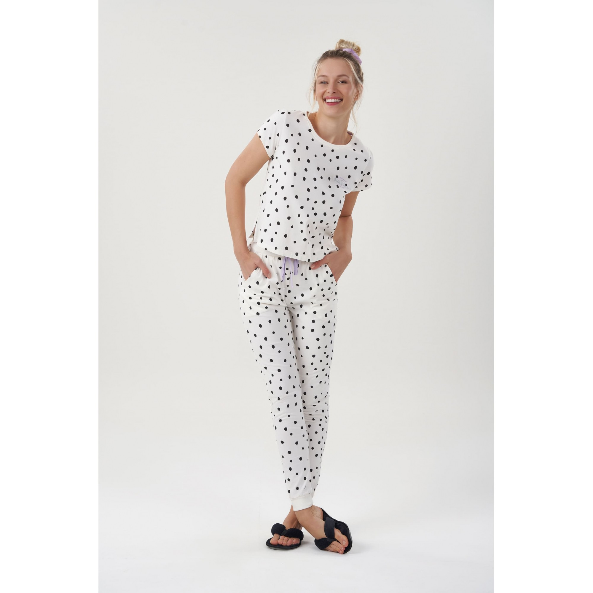 Pijama Calça e Manga Curta Feminino