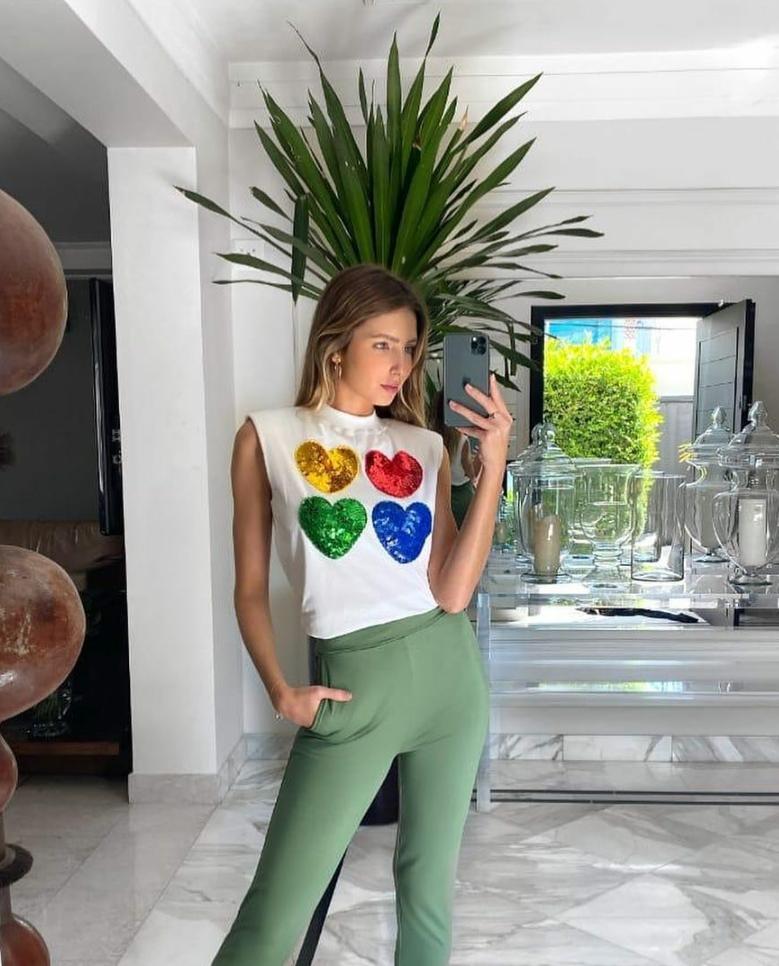 T-shirt Color Hearts Paetê Infinity