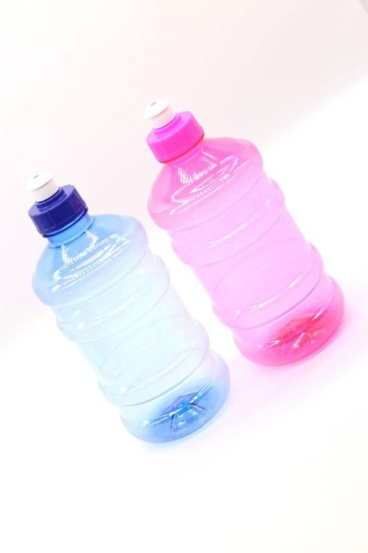 Garrafa de Plástico Simples