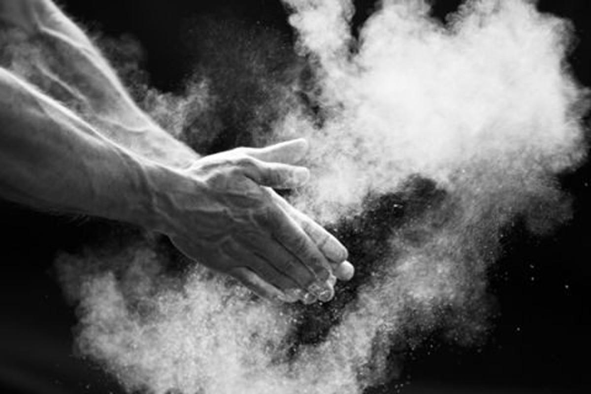 Grip Zeus + Bola de Magnesio + Munhequeira de Pano