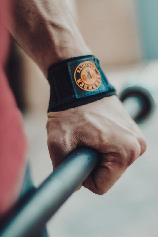 Protetor Antiderrapante Profissional Treino Academia - Strap Acolchoado Be Stronger