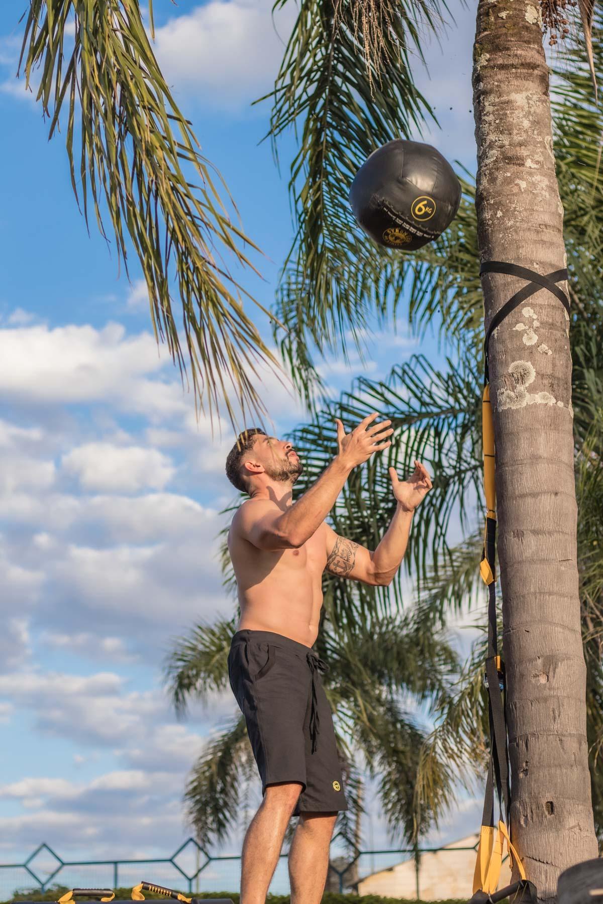 Wall Ball 12kg (Medicine Ball)