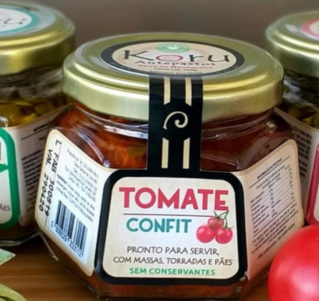 Antepasto de tomate confit