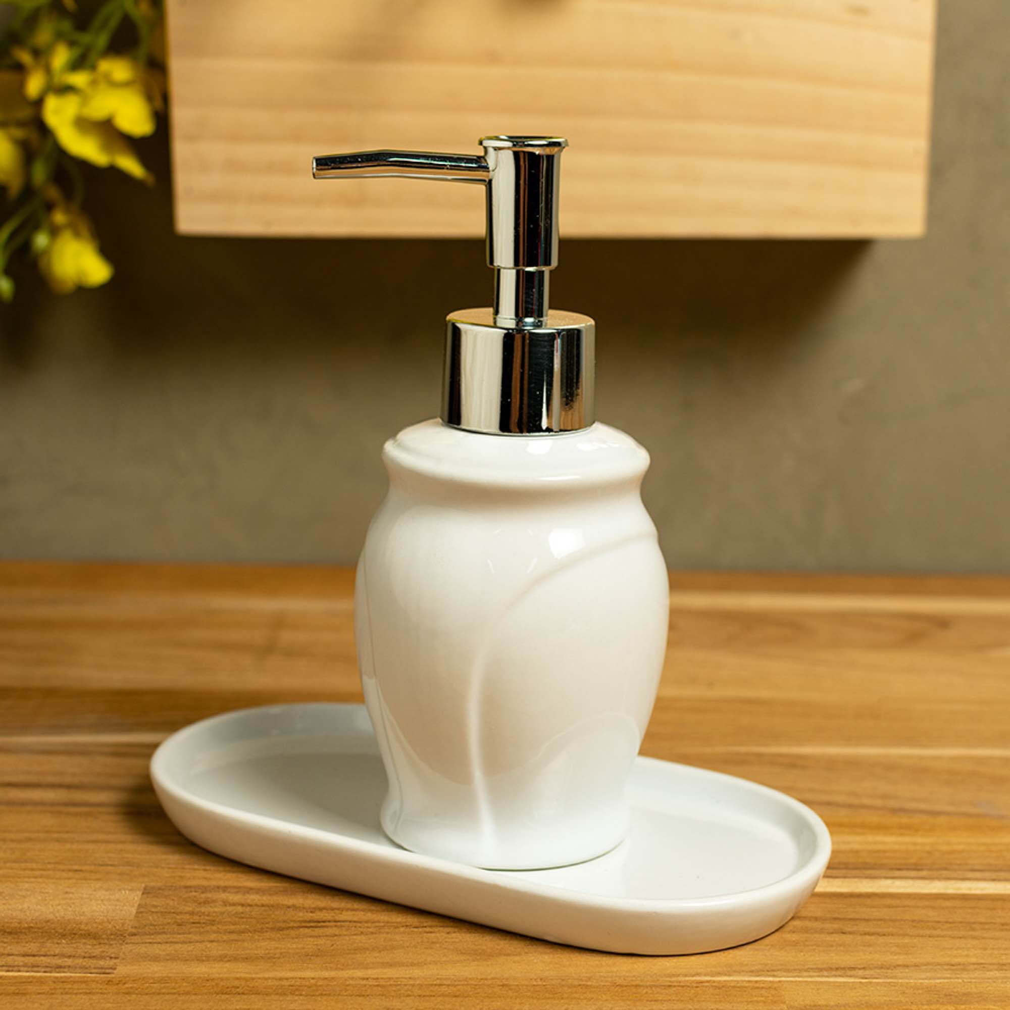 Conjunto de 3 peças para banheiro Cerâmica Paris Branco e Prateado