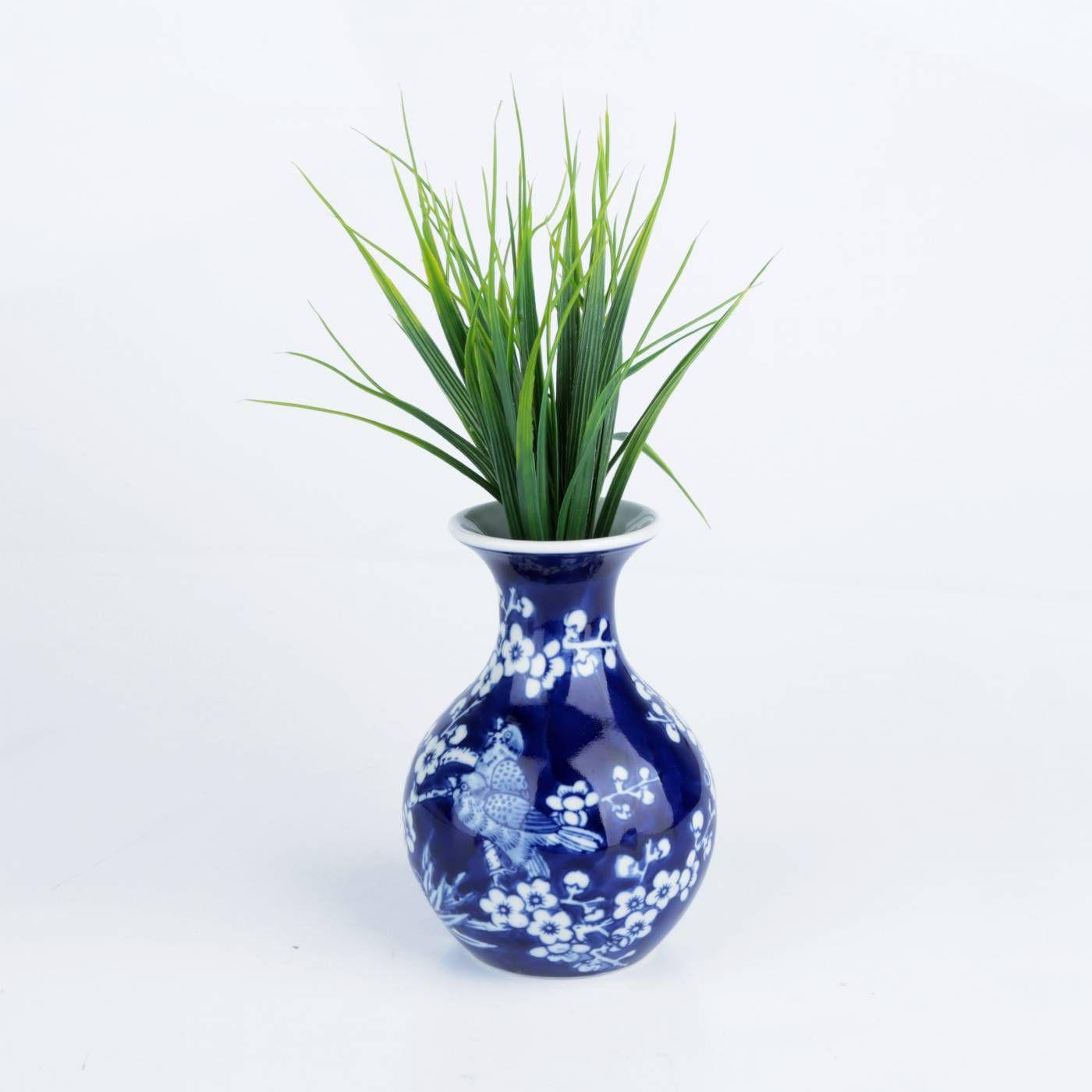 Vaso em Porcelana Azul Long Neck Cherry Flowers