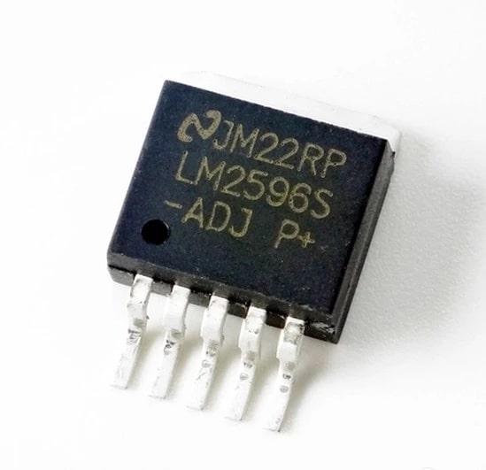 LM2596 ADJ Circuito integrado SMD - Regulador de tensão