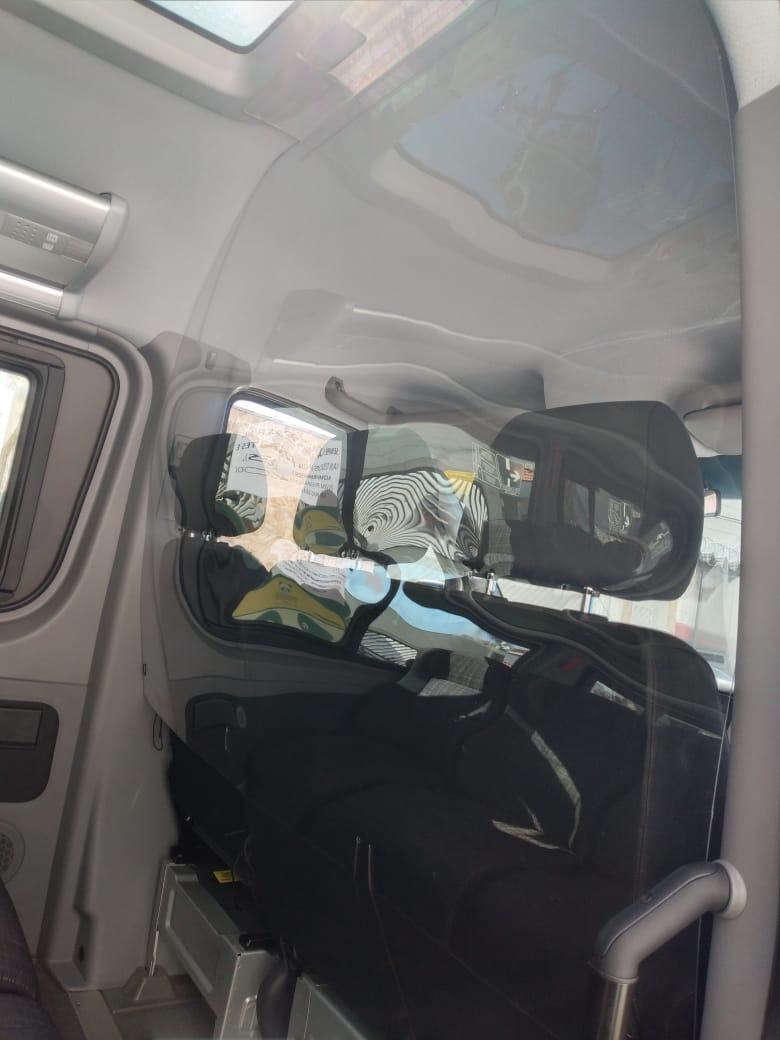 Escudo Protetor Salivar Para Vans - Acima De 10 Unidades (Com Instalação)