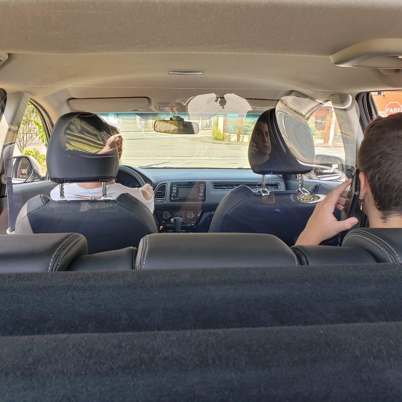 Escudo Protetor Salivar Uber E Taxi 120x80cm