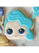 Cortador De Biscoito Splash Queen/ Rocker (Menina/ Bonequinha cabelo de lado) (Tema Boneca LOL Surprise)