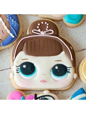 Cortador de Biscoito Miss Baby/ Fancy/ Crystal Queen/ Sis Swing (Rosto) (Menina/ Bonequinha com coque) (Tema Boneca LOL Surprise)