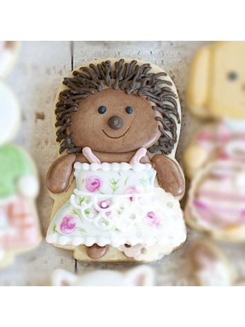 Cortador De Biscoito Porco Espinho (Menina/ Boneca de Vestido) (Tema Sylvanian Families)