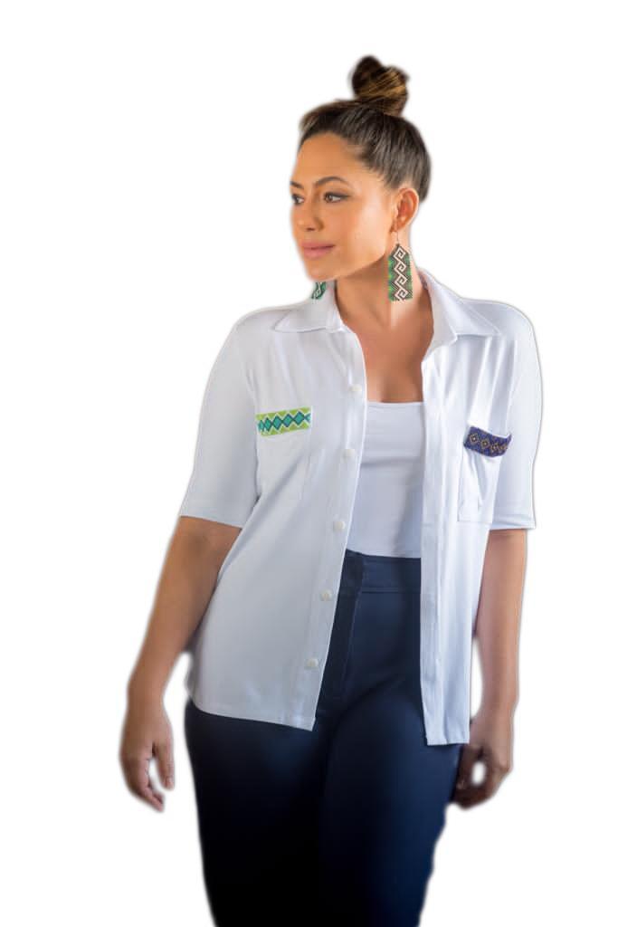 Camisa Bolso Indígena com Braille