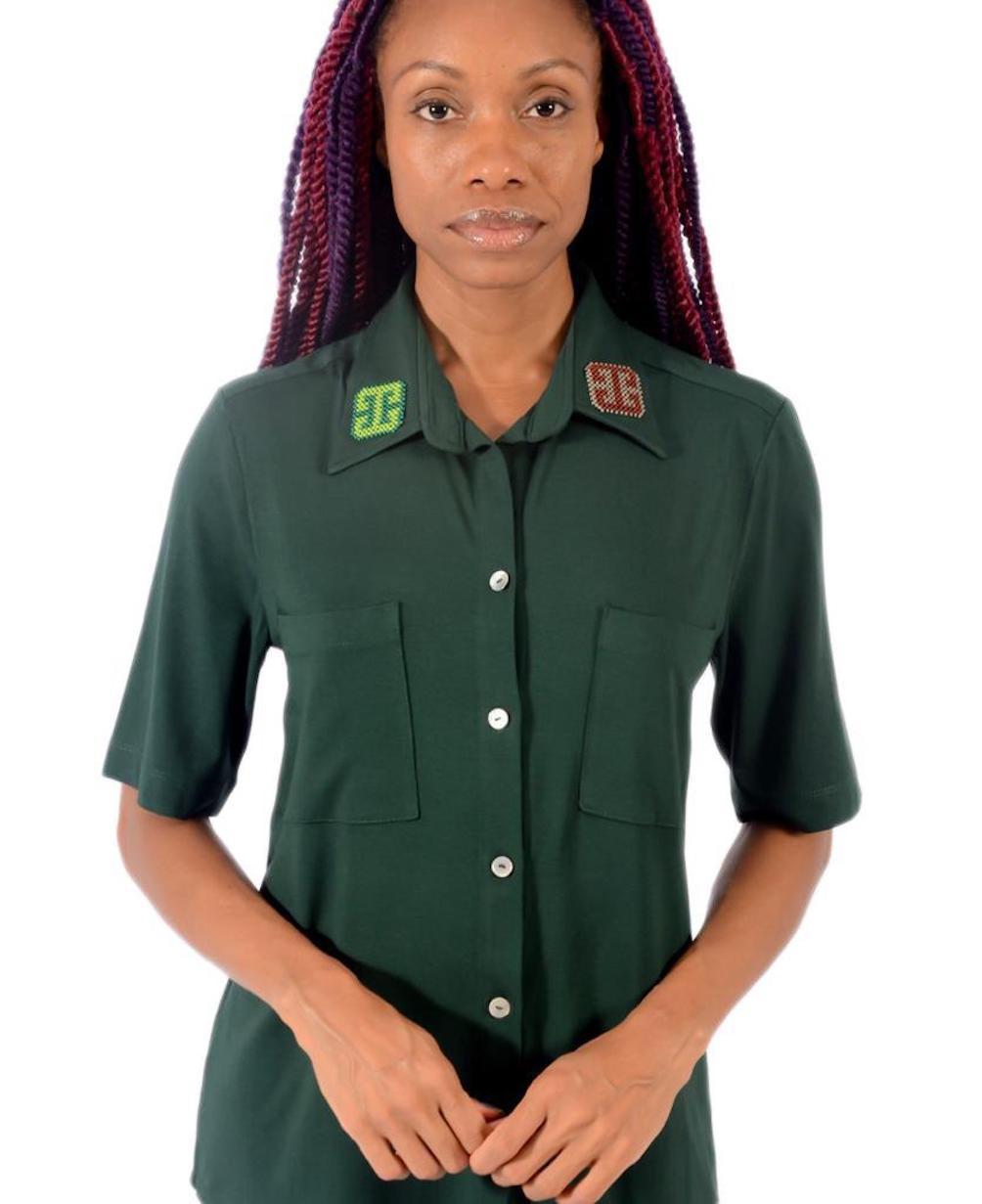 Camisa com Gola Indígena