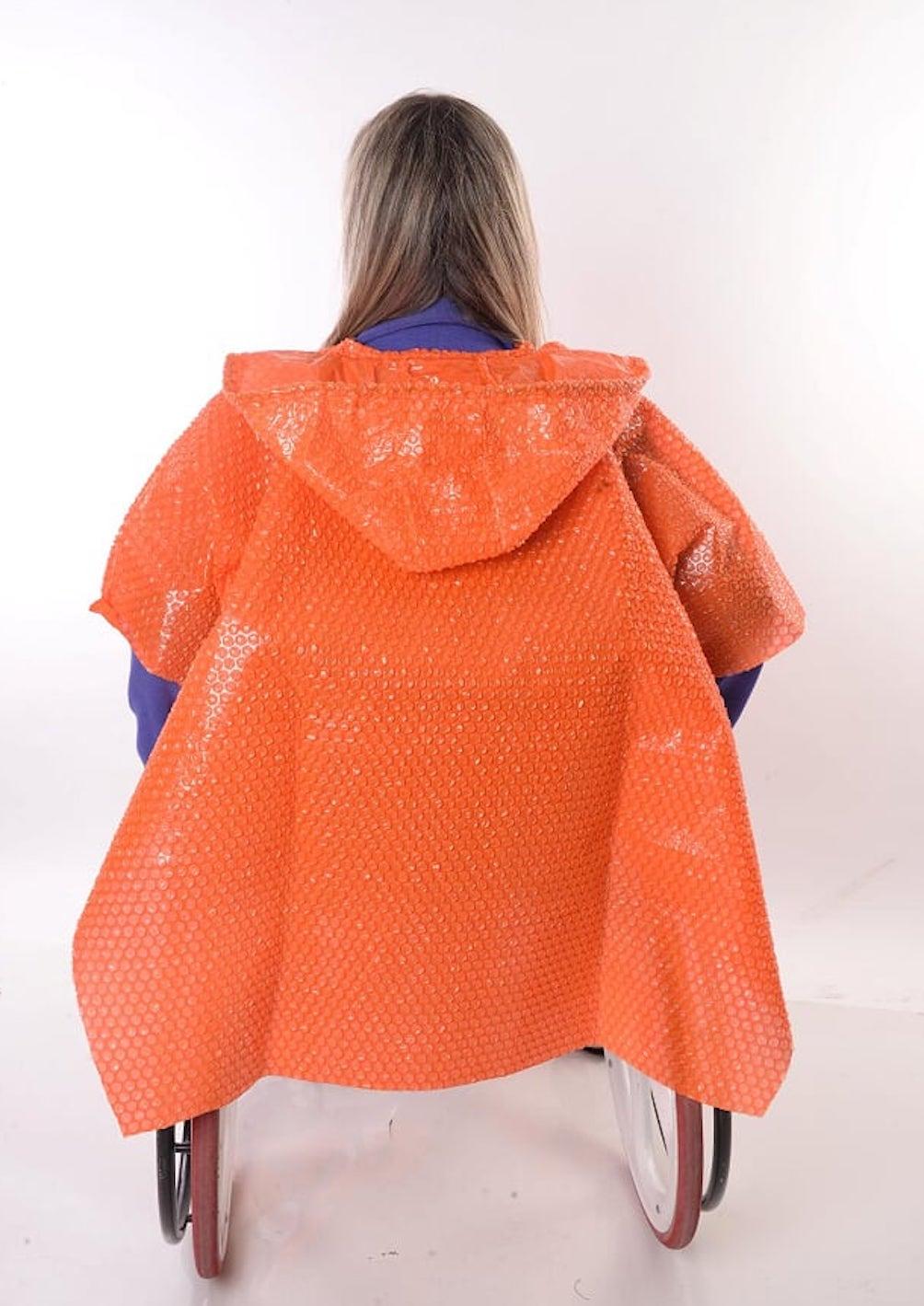 Capa de Chuva Adaptada para Cadeirantes