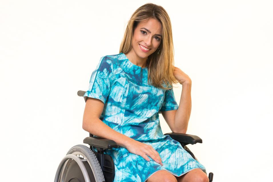 Vestido Marítimo Adaptado para Cadeirantes