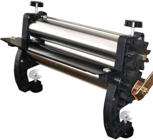 Cilindro Manual para Massa em Aço Cromado 28cm - Malta