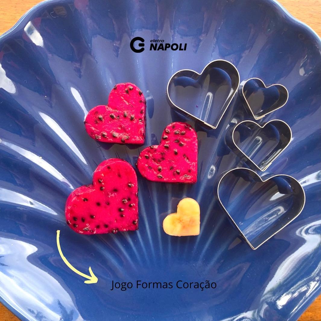 Jogo de 4 Cortadores de Coração Inox - Petit Four Tutipan