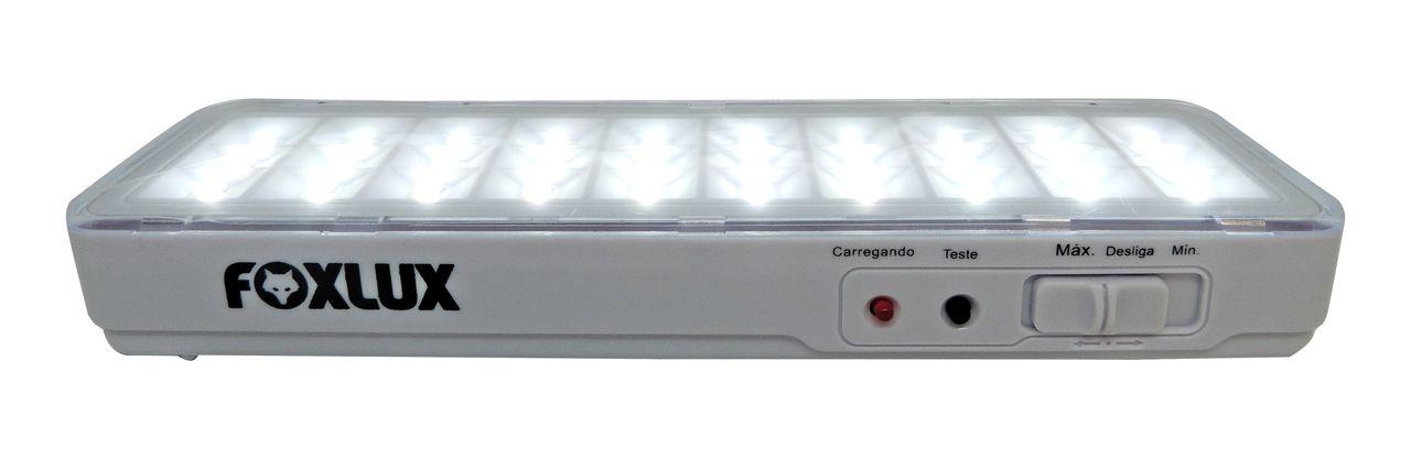 Luminária de EMERGÊNCIA 30 LED'S  BIVOLT FOXLUX
