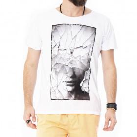 Camiseta estampada rosto de mulher mosaico