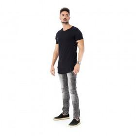 Camiseta long line basica preta