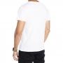 Camiseta branca estampa boca