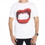 Camiseta Estampa boca vermelha