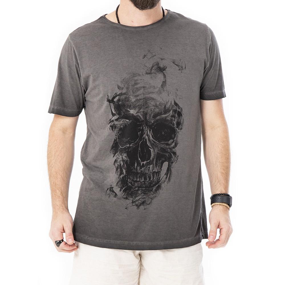 Camiseta cinza caveira