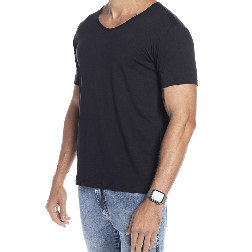Camiseta preta Básica Supimã
