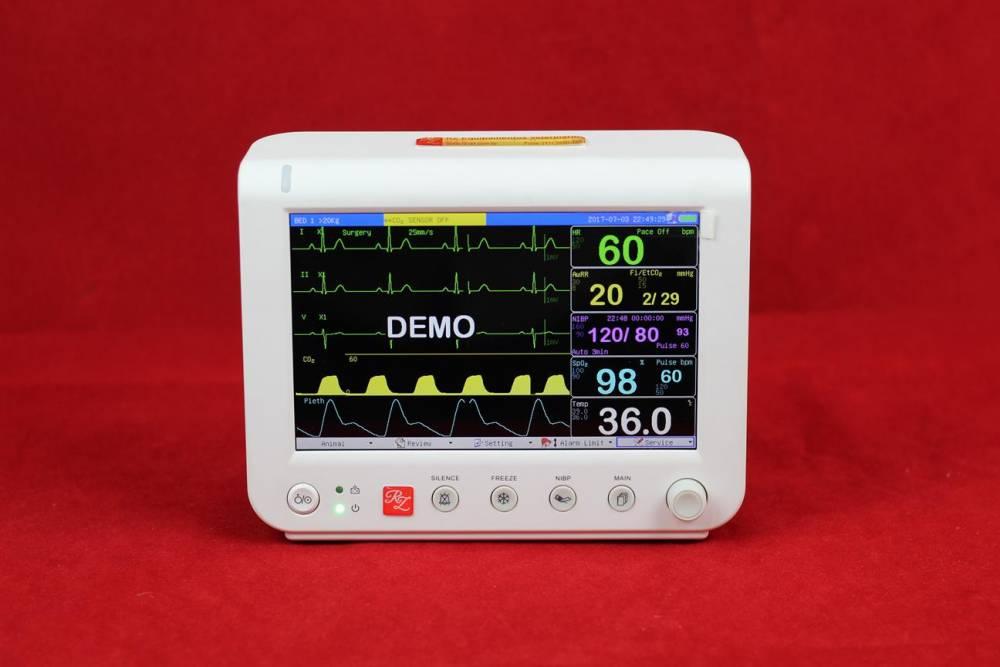Monitor de Sinais Vitais Veterinária RM700Vet (Com ou Sem Capnografia)