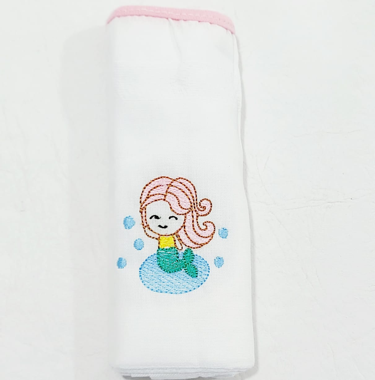 Kit de Fraldas Sereias - Bordado Luxo - 03 Peças - 100% Algodão - 70cmx70cm - Cia do Bebê