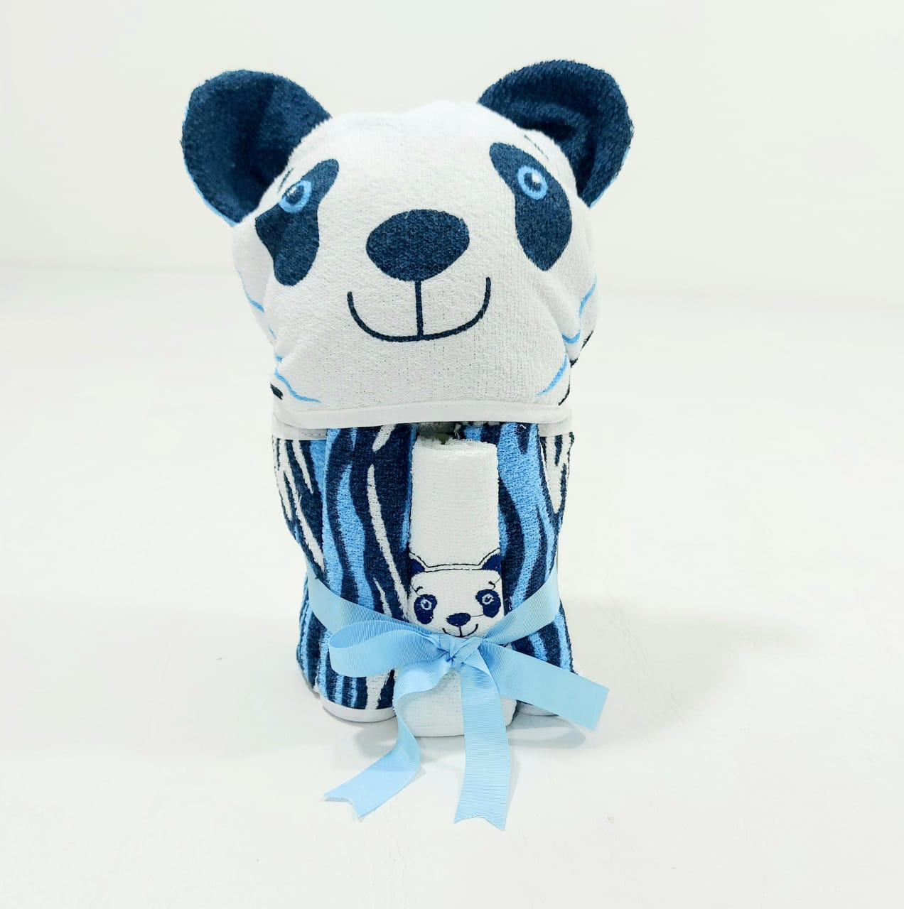 Kit Presente Carinhas Estampadas - 4 Peças - Toalha e Babetes de Felpa- 100% Algodão -  Minasrey