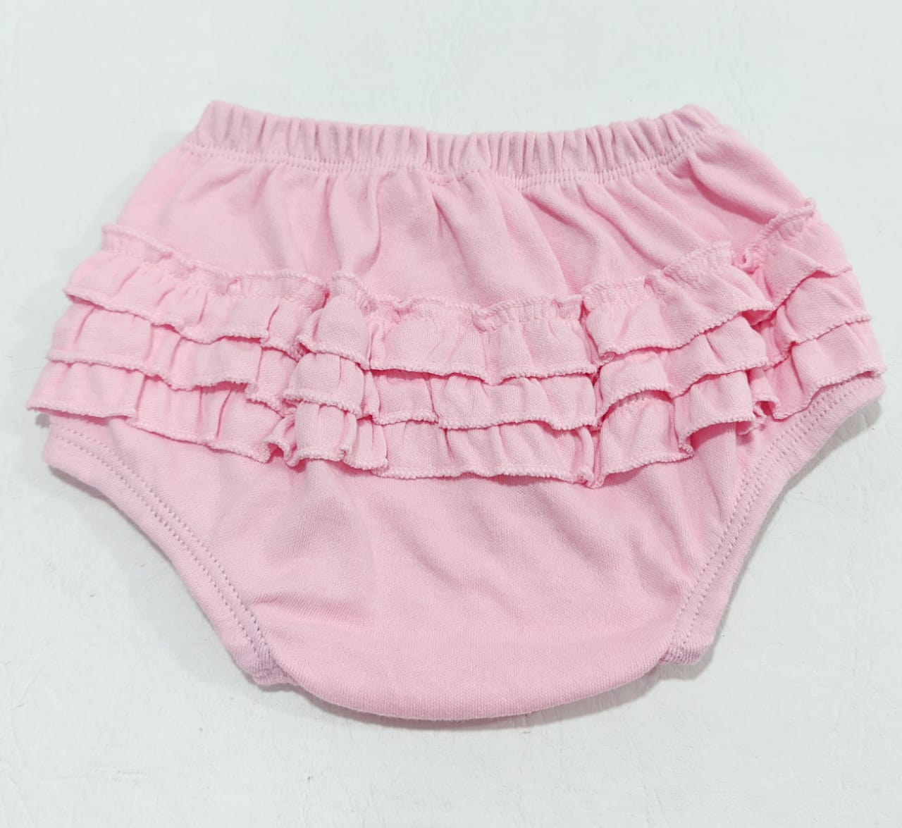 Tapa Fralda Liso - Babados - 100% Algodão Suedine - 4 à 6 meses - Yala Baby