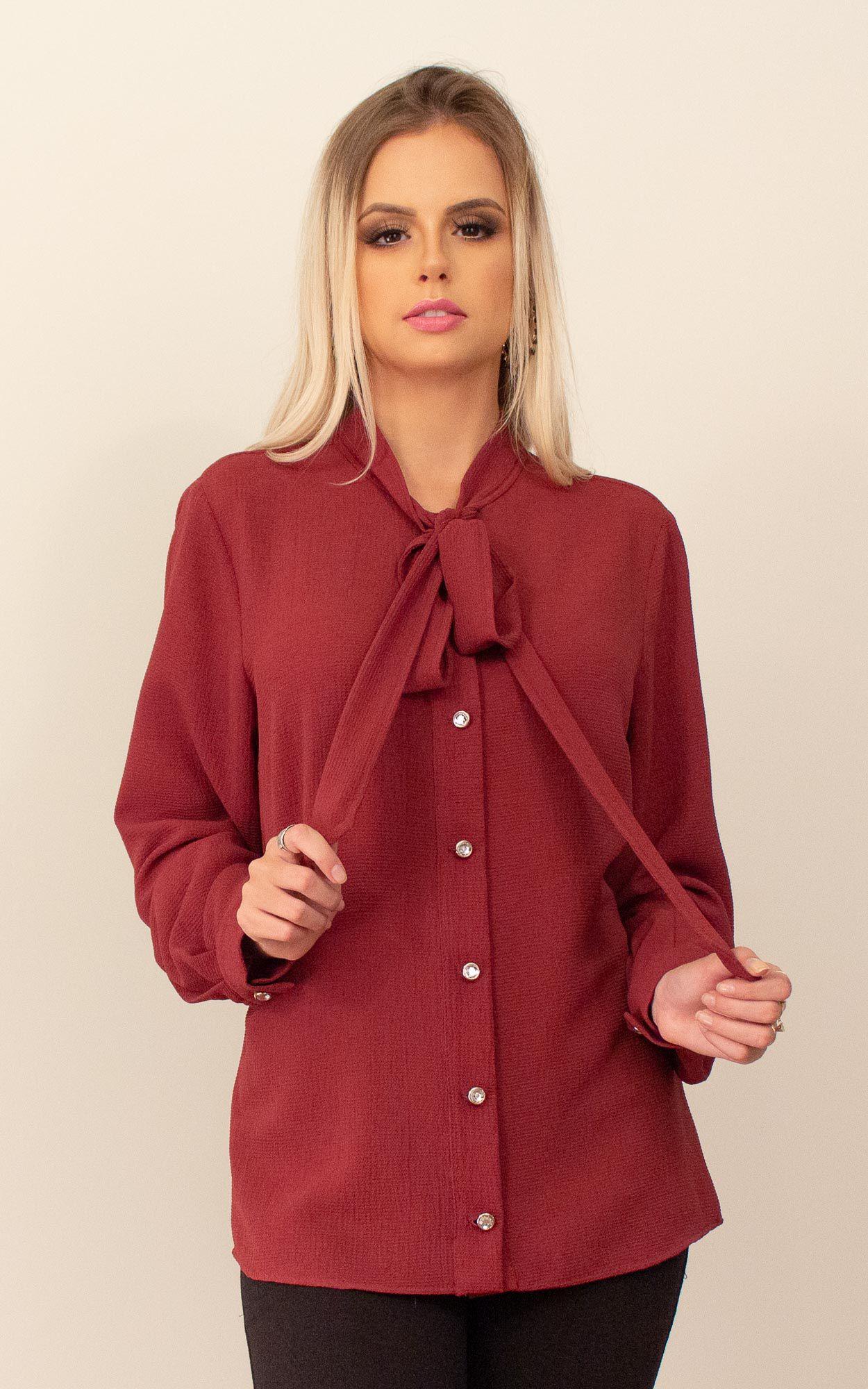 Blusa manga longa com detalhe em tope