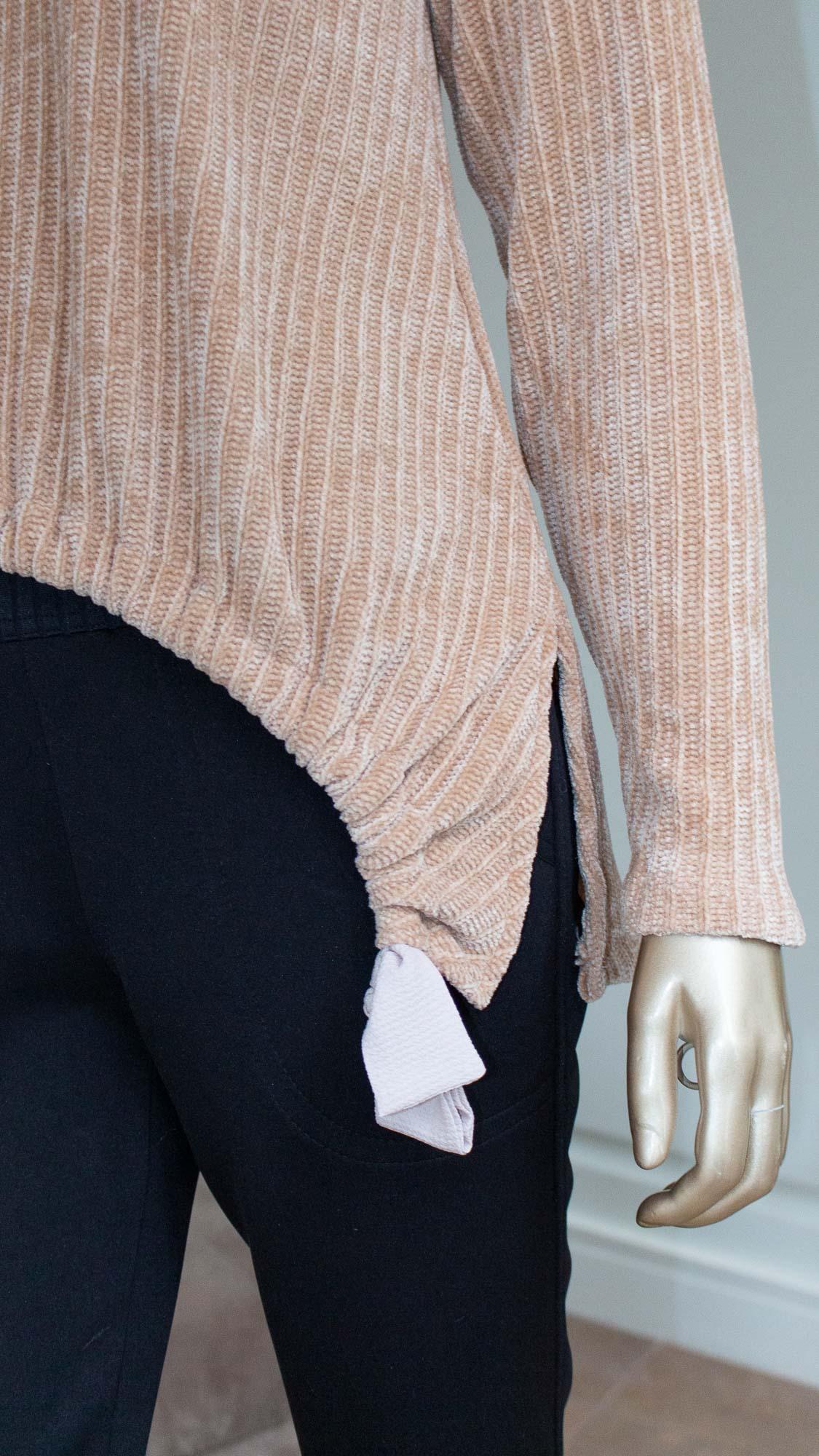 Blusa manga longa com detalhes em amarração