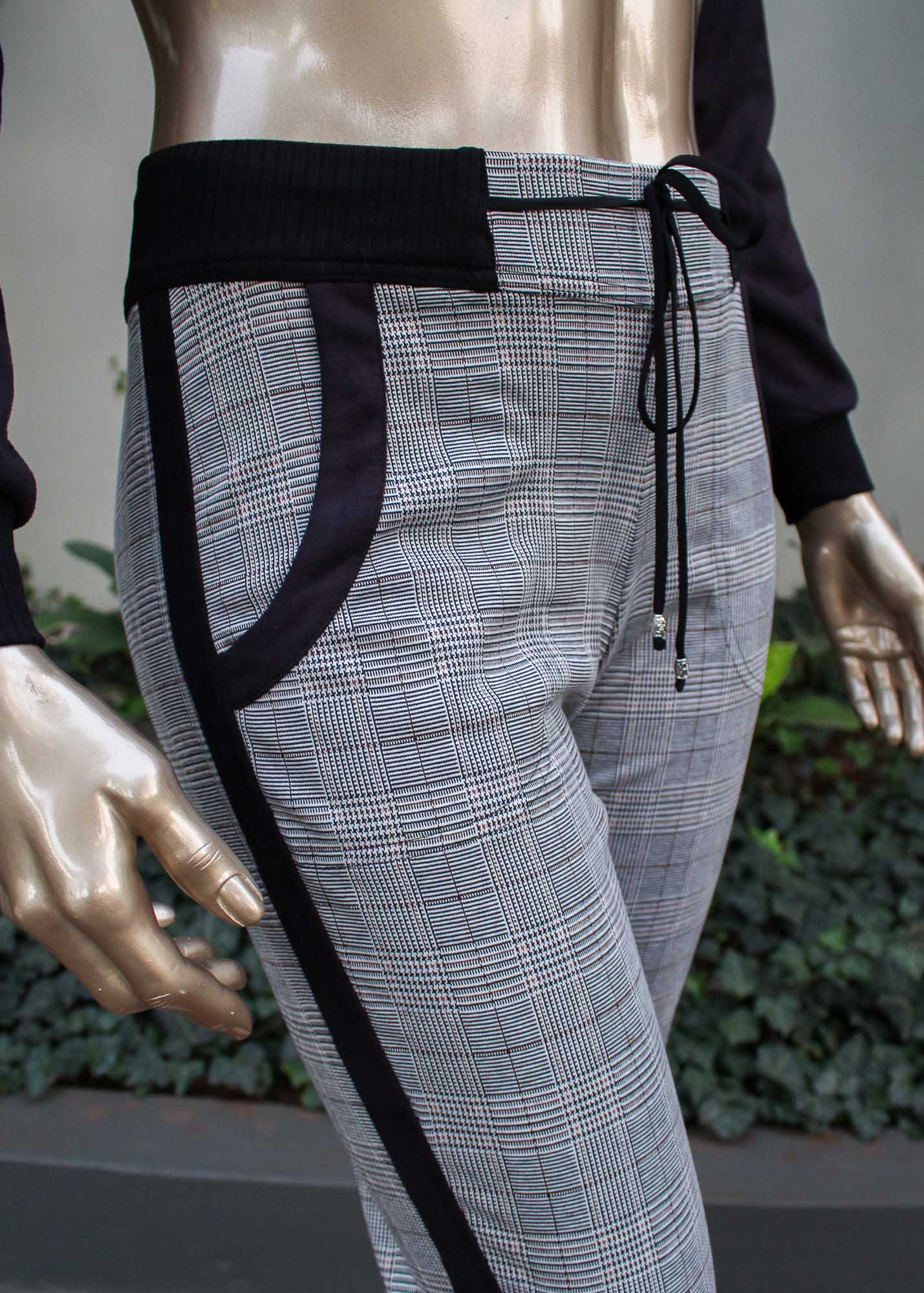 Conjunto calça e jaqueta xadrez