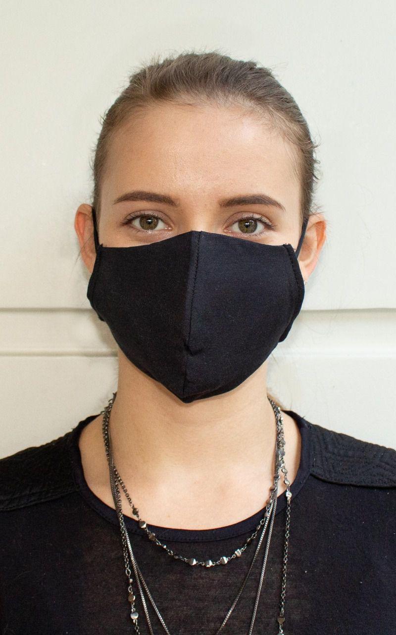 Máscara bico de pato na cor preta