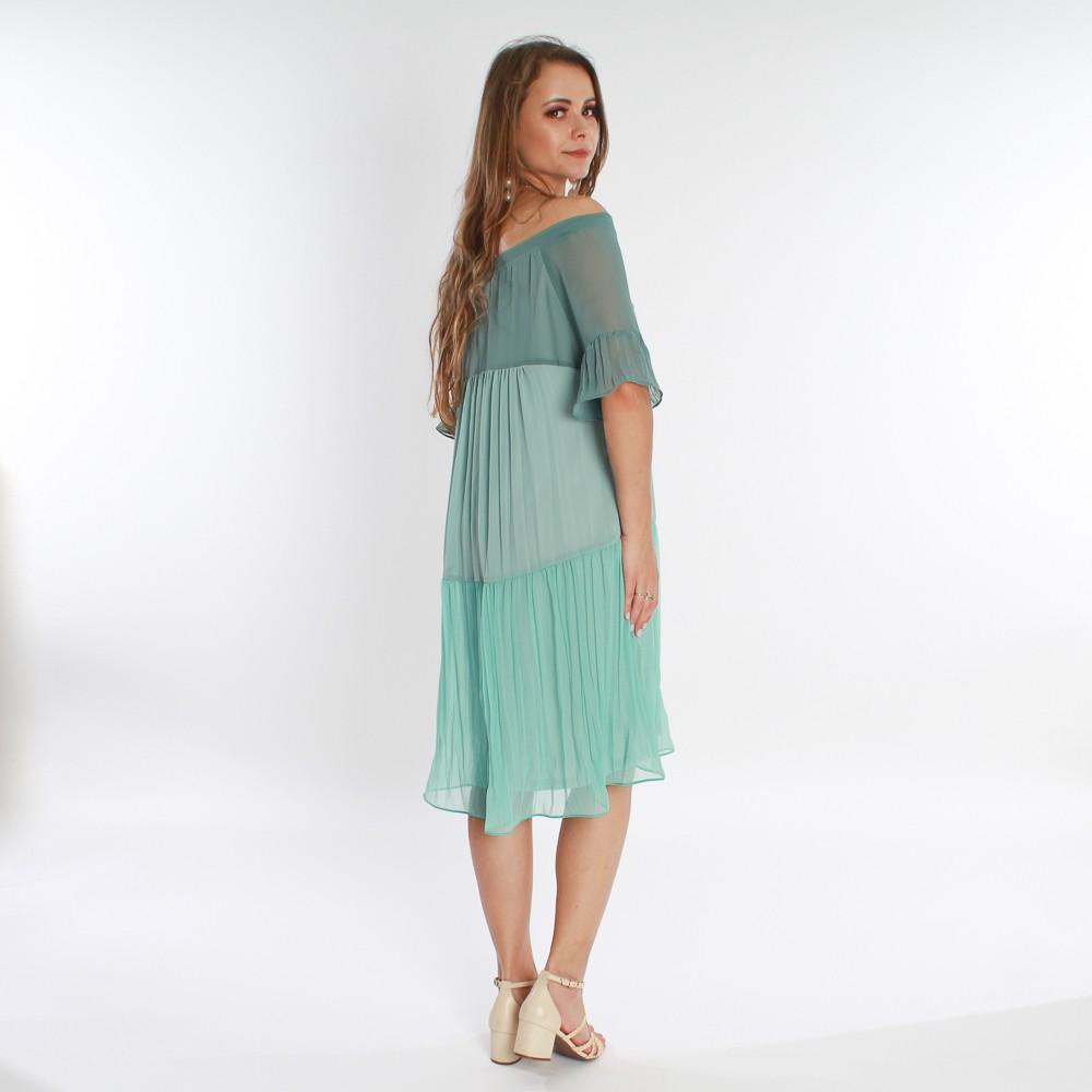 Vestido curto com detalhes em babados plissados