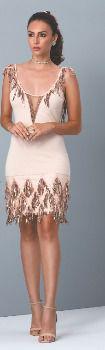 Vestido curto com detalhes em franjas de paetê