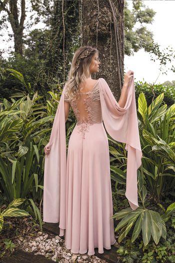 Vestido longo com detalhes em pedrarias e bordados