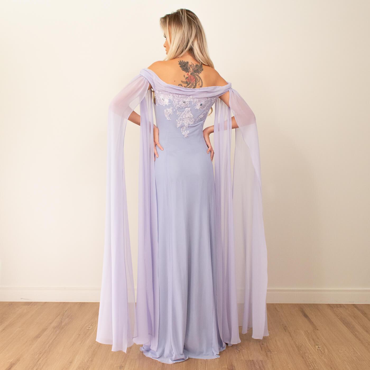 Vestido longo ombro a ombro Lika com mangas e detalhes bordados