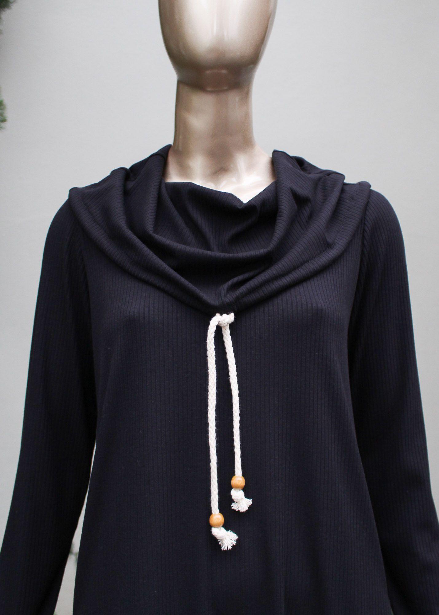 Vestido manga longa com detalhe em gola e bolsos
