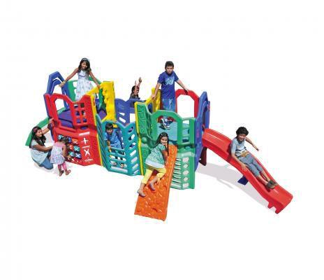Playground Big Little | 6m20 x 4m55 x 1m97 | 1 a 12 anos